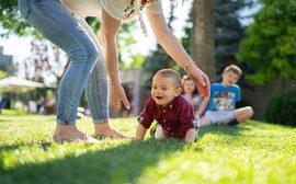 Ev İşlerine ve Çocuk Bakımına Yatılı Yardımcı